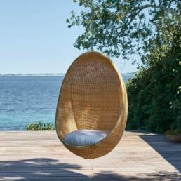 egg chairs outdoor